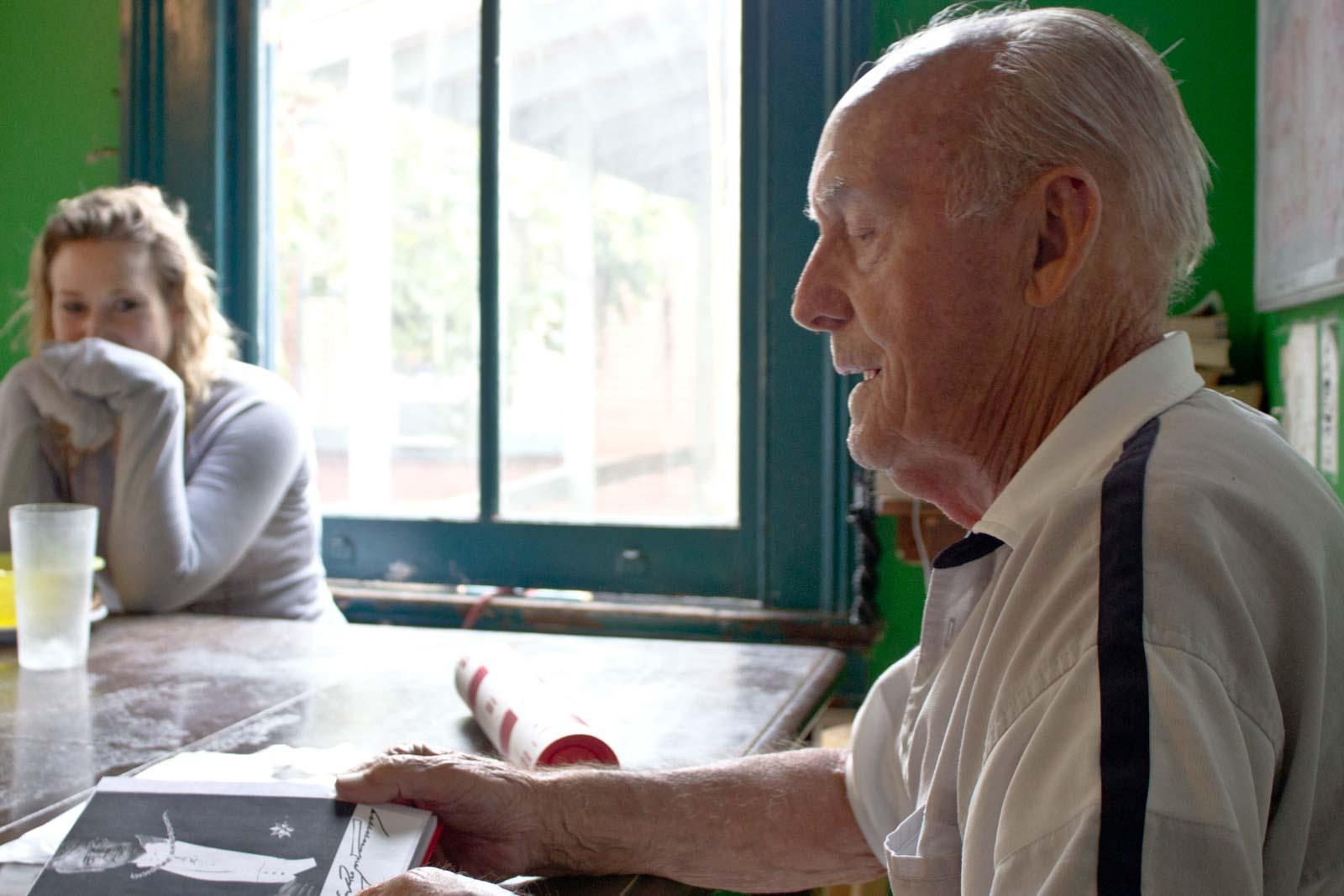 World's oldest backpacker, John Waite