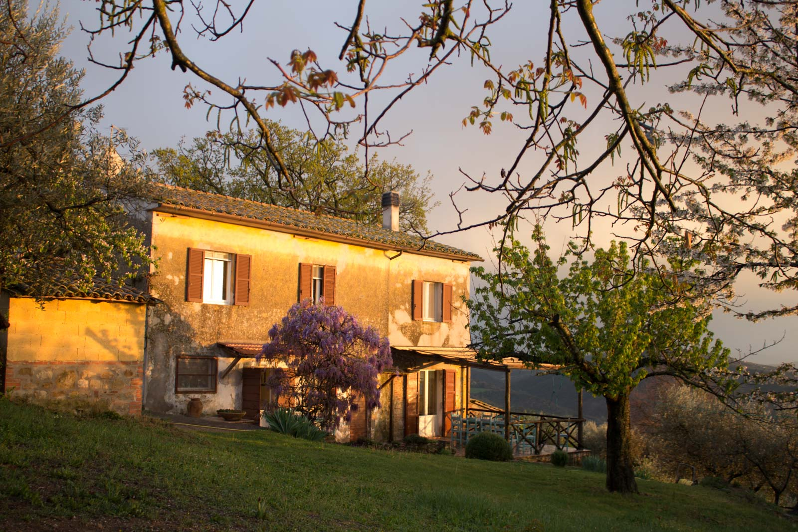 Renting a villa in Umbria, Italy
