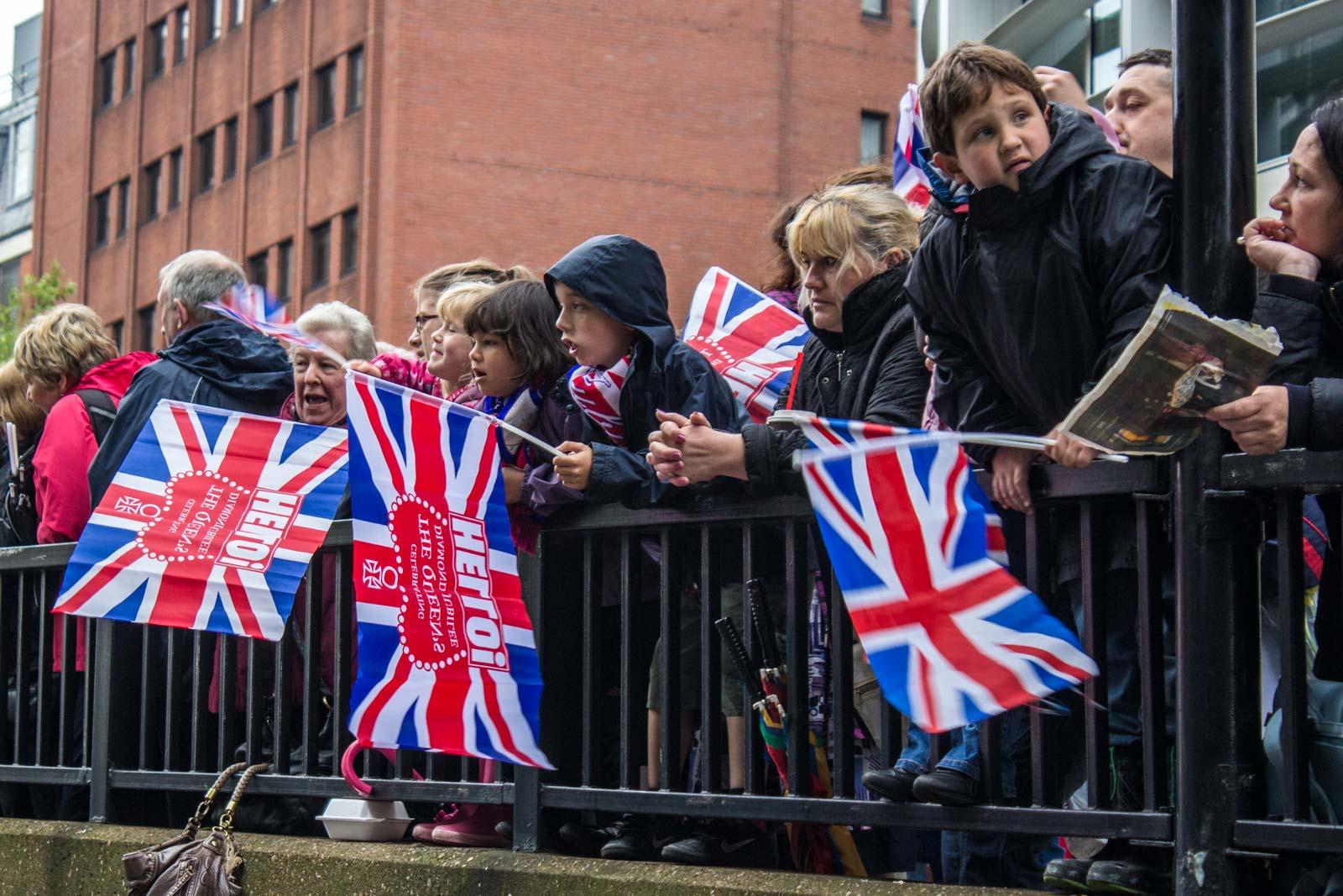 diamond jubilee flotilla, london, thames, queen's jubilee, river parade