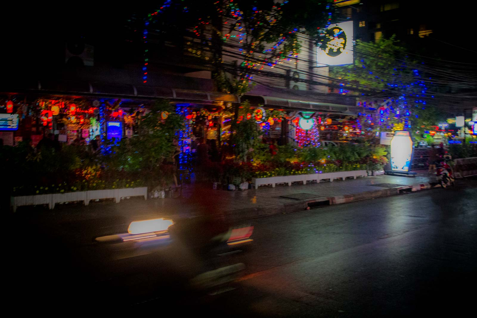 Crazy Bangkok - a hedonist's wet dream