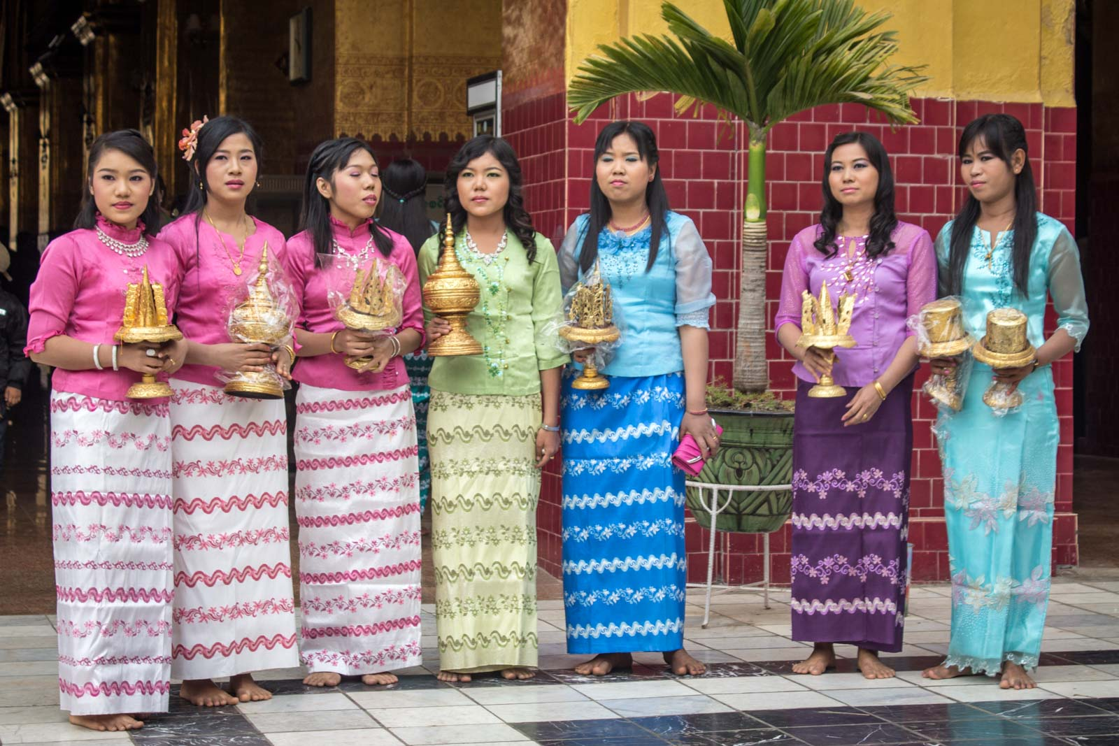 Ways to experience the local Myanmar culture