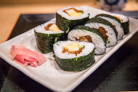makizushi, japanese food, japanese dishes, types of sushi, seaweed nori and rice