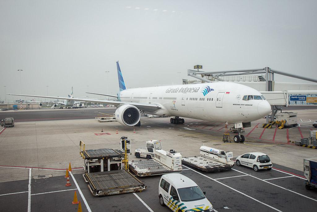 Garuda London to Jakarta flight review
