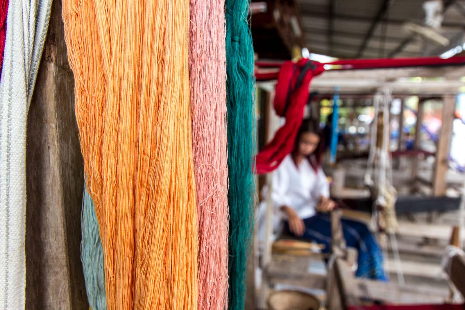 Pranom Tapang, Tin-Chok weaving, Phrae, Thailand