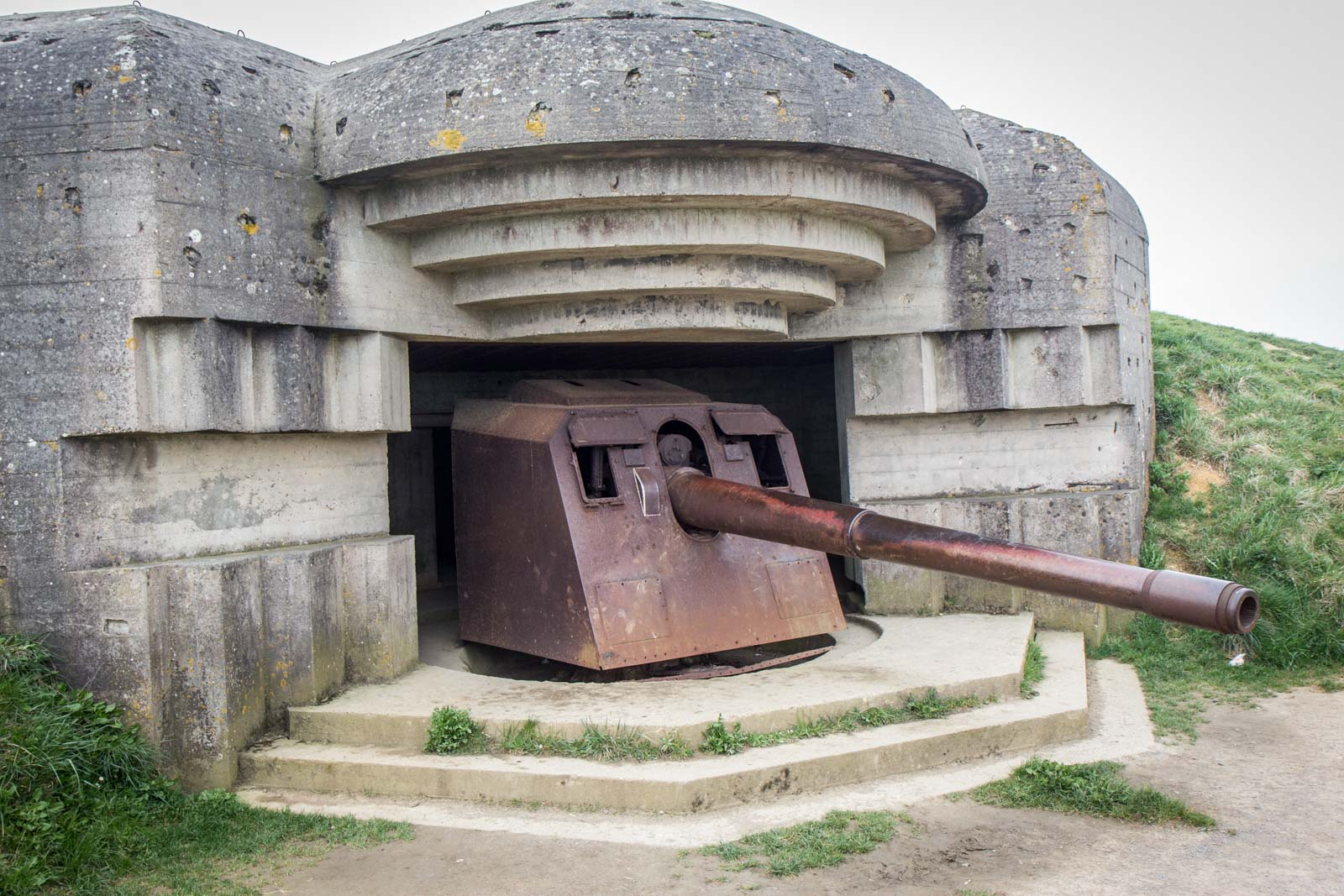 Longues-sur-Mer battery, Normandy, France