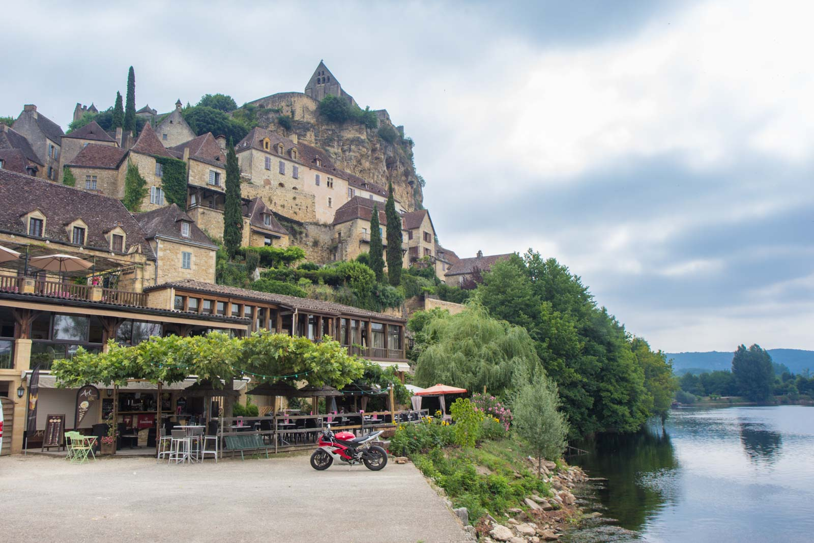 Walking tour with Headwater Holidays, Dordogne, France