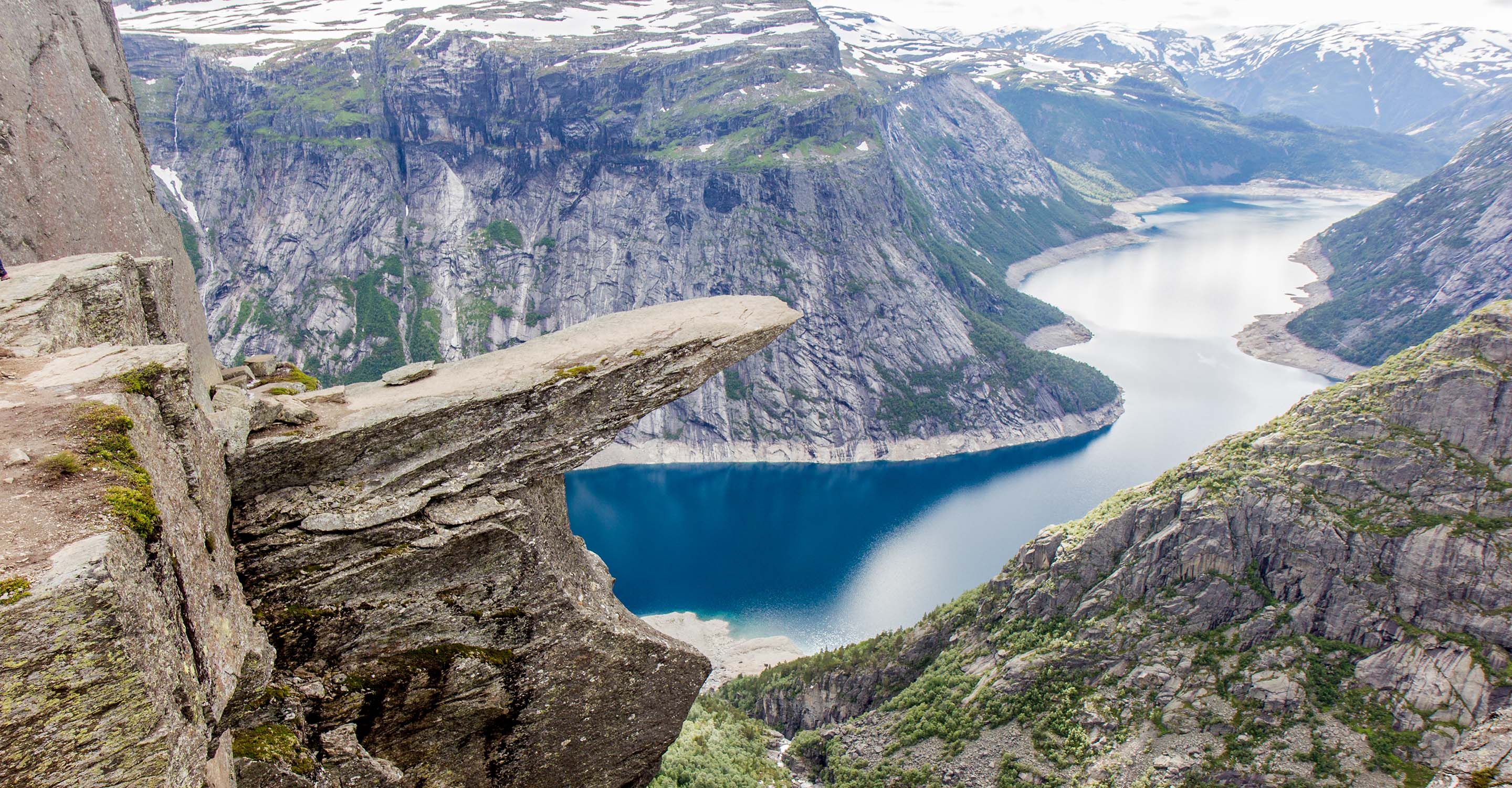 Norway S Trolltunga Hike The Unofficial Guide For The