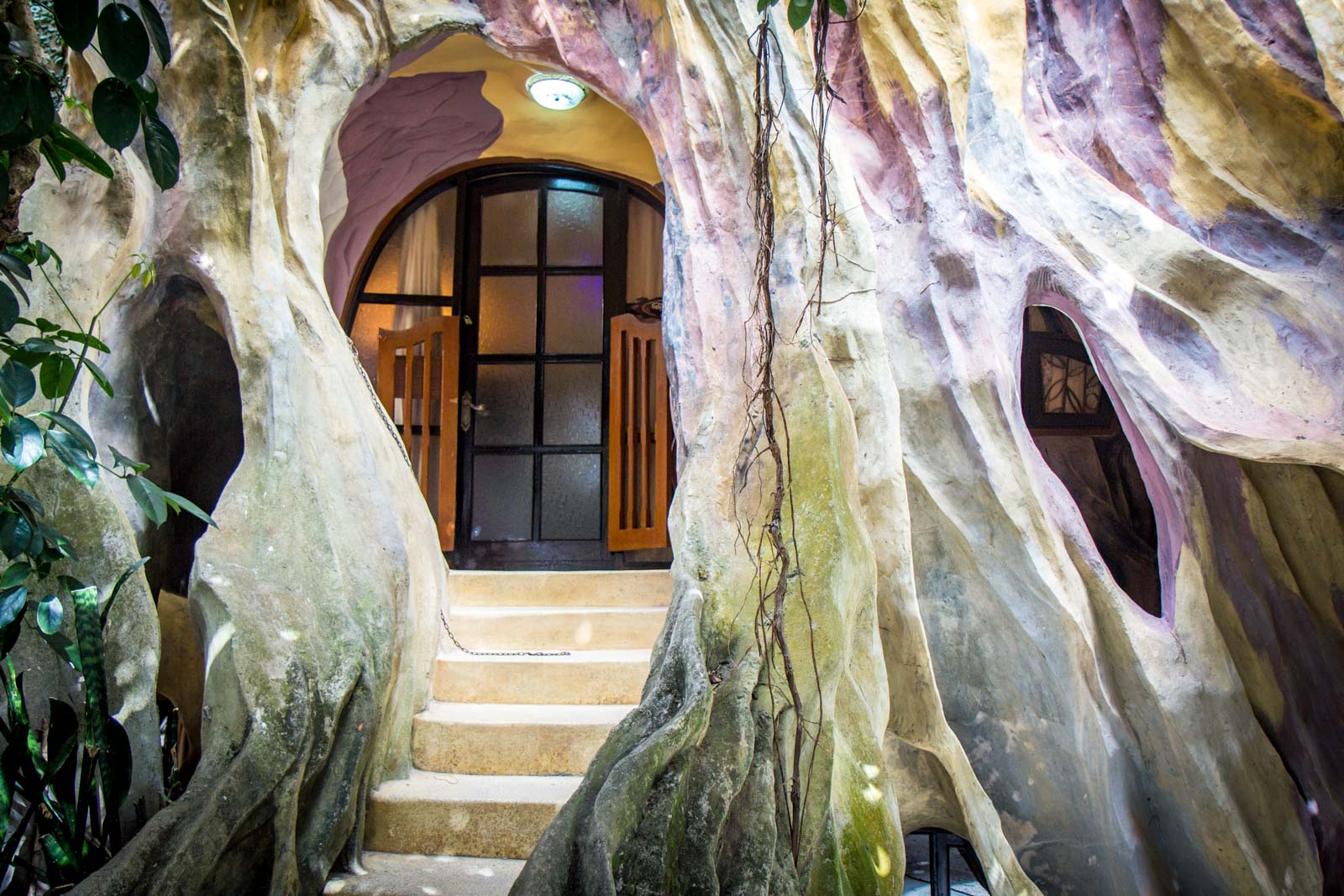 Stay at Crazy House, Dalat, Vietnam