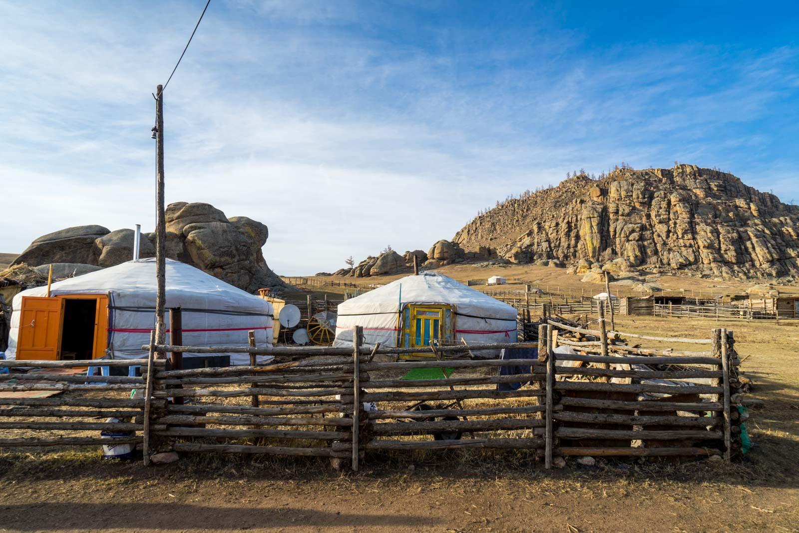 Mongolian nomadic life, visit a ger in Mongolia
