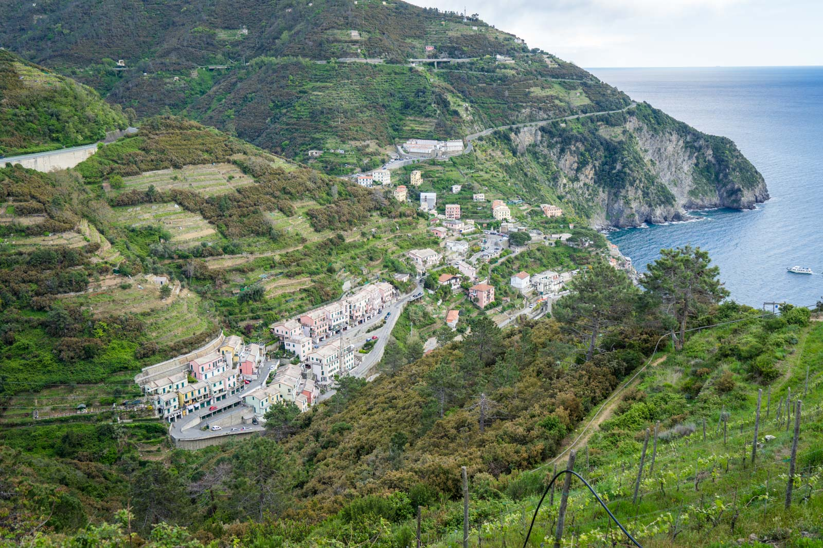 Cinque Terre Hiking Guide