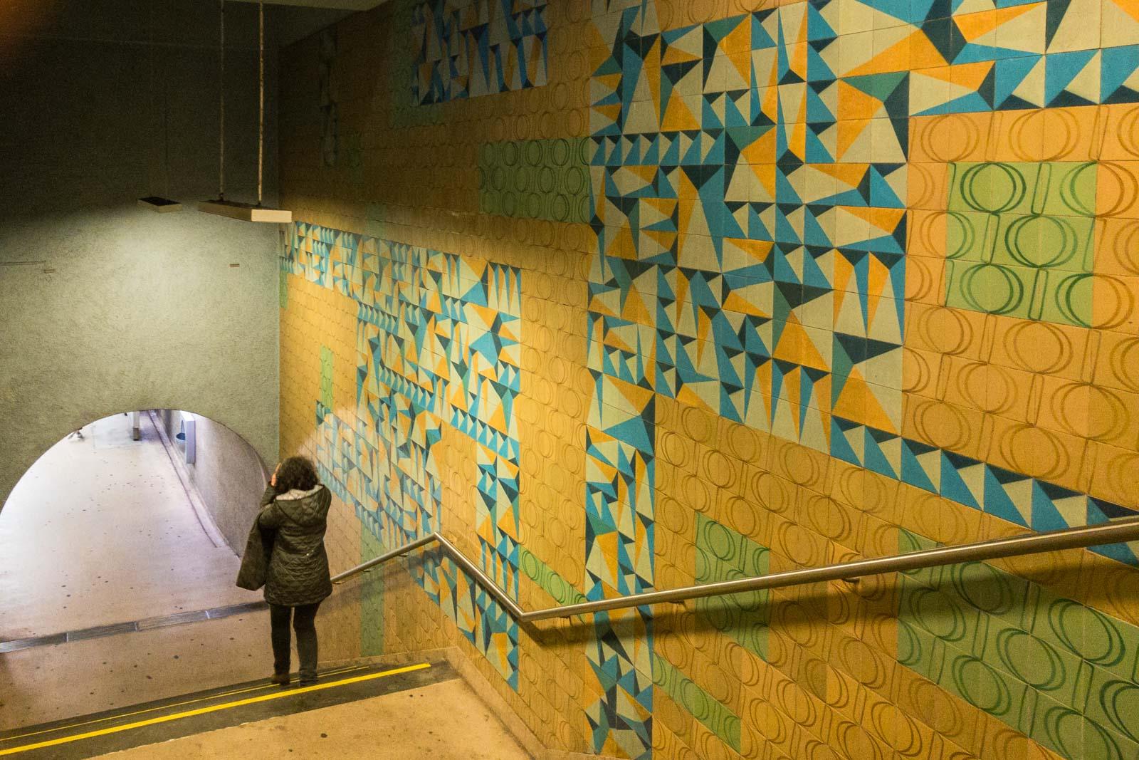 Avenida, Lisbon Metro Art