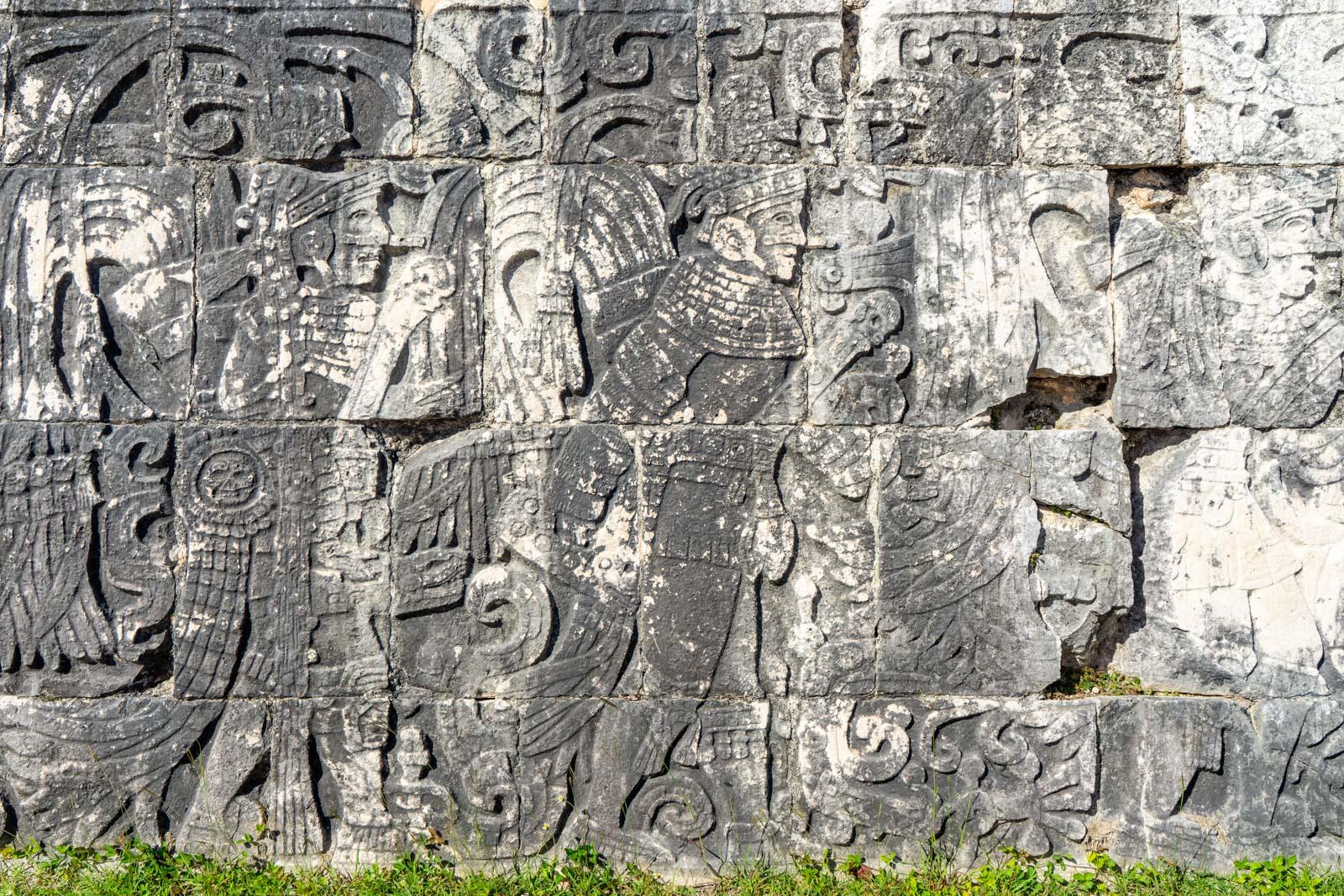 Chichen Itza Tour, Mayan ruins near Cancun, Mexico