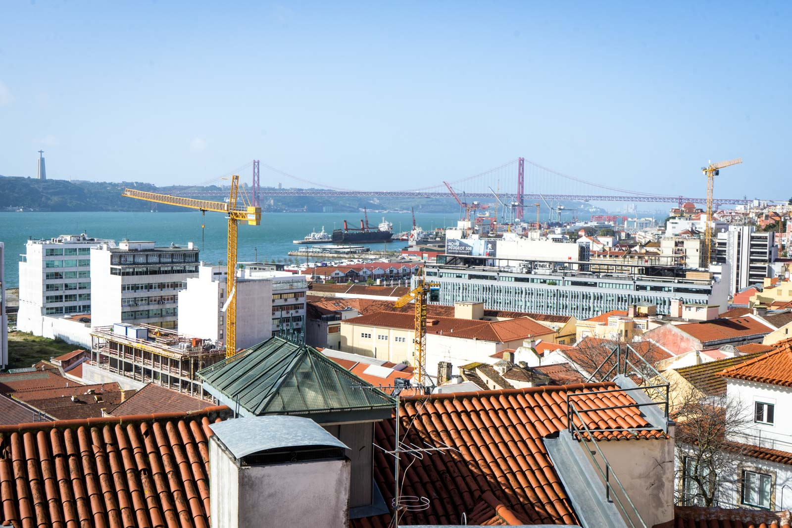 St Caterina Viewpoint, Lisbon